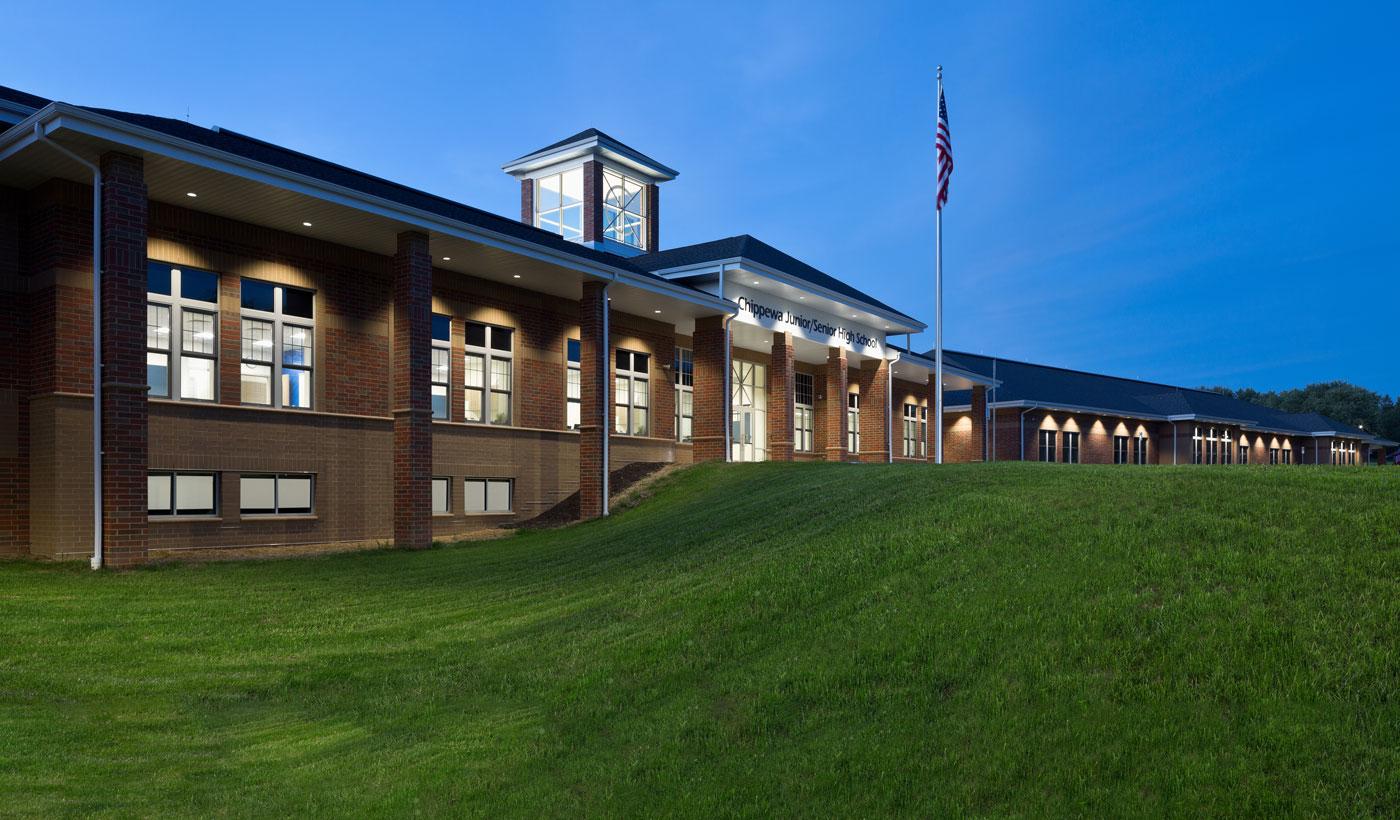 Chippewa Junior/Senior High School Exterior